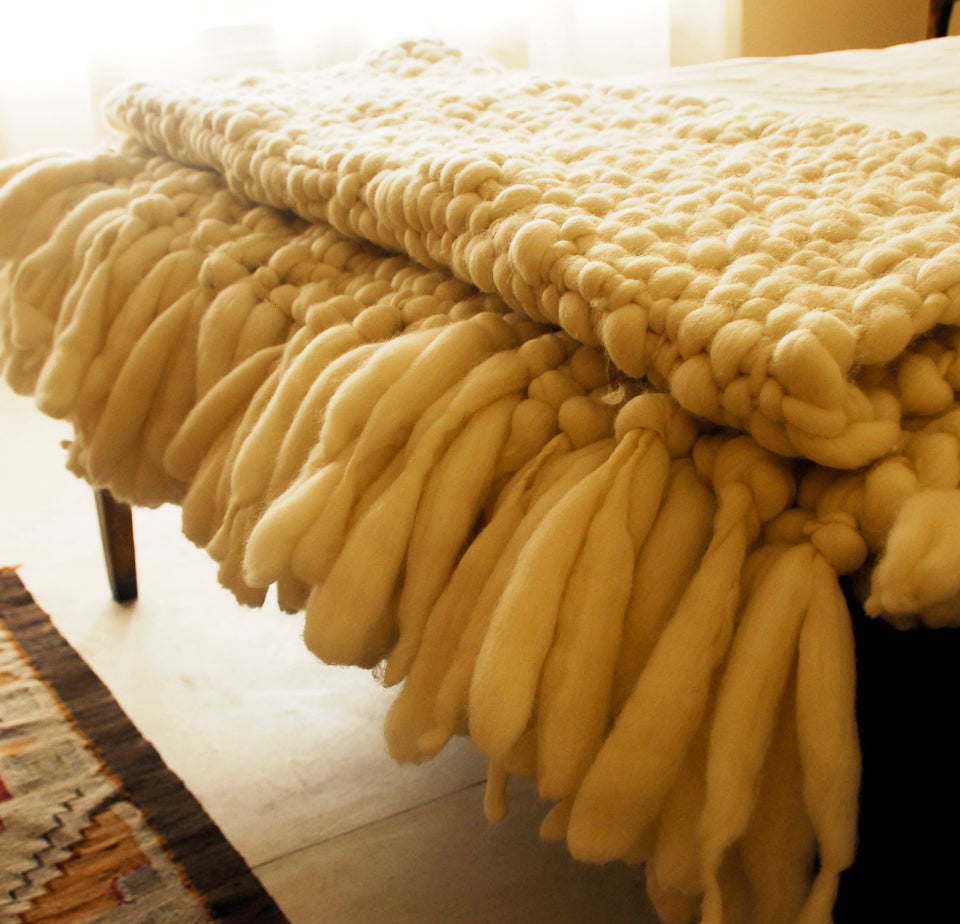 Clouds Large Chunky Knit Blanket
