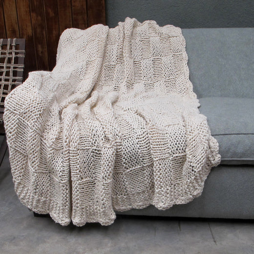 Cuadro Cable Knit Throw Blanket