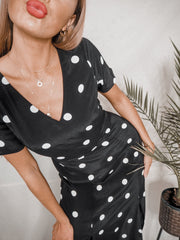 Winnie Mono V Neck Midi Dress In Black And White Spot