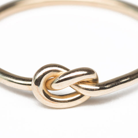 Love Knot Gold Ring close up
