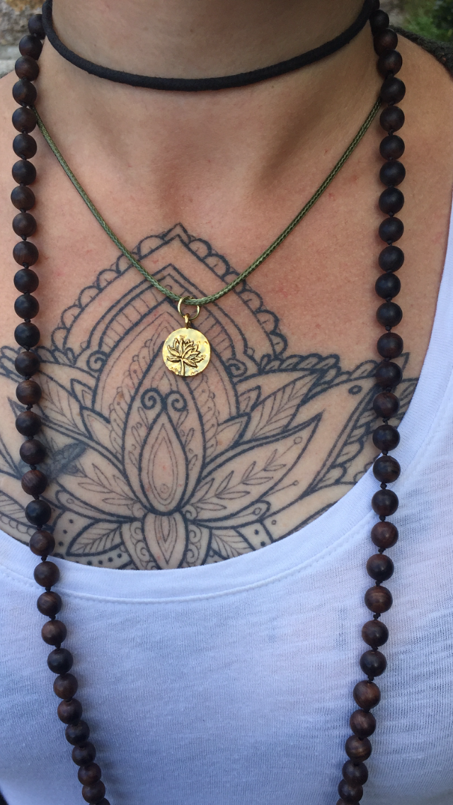 Out of Stock / Sweet Lotus Necklace