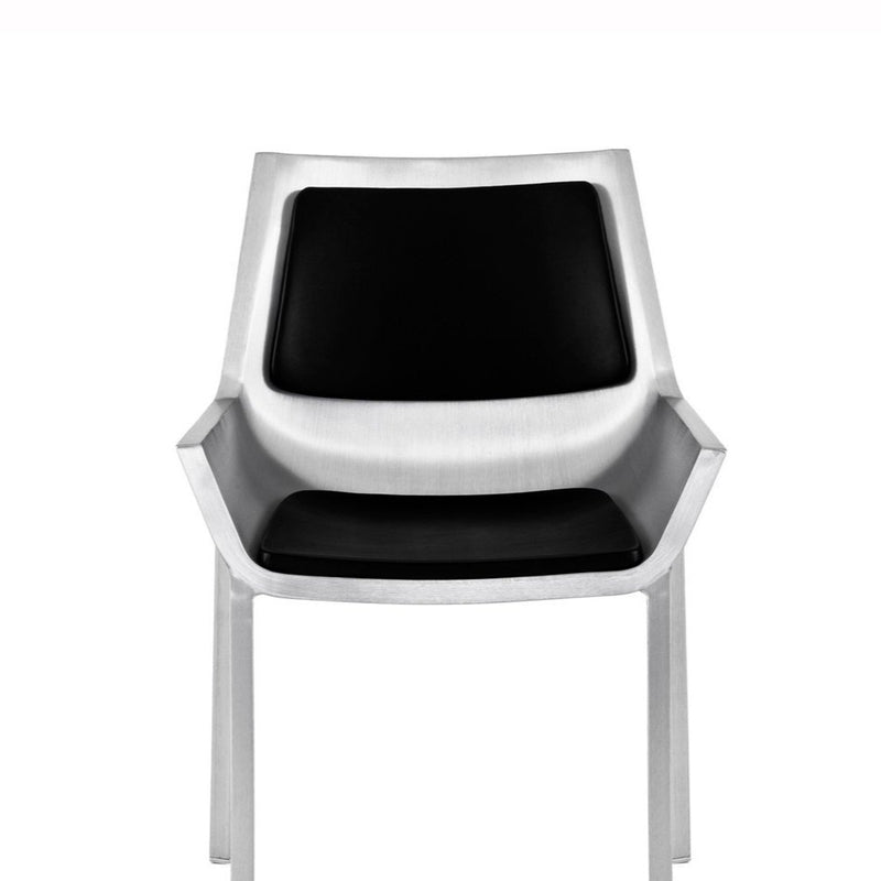 Sezz Swivel Chair with Glides