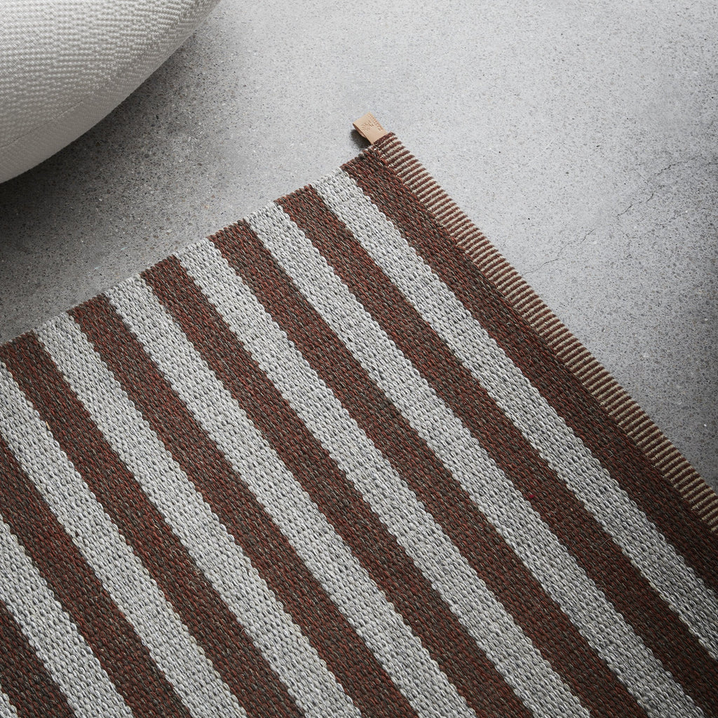 Narrow Stripe Icon Area Rug