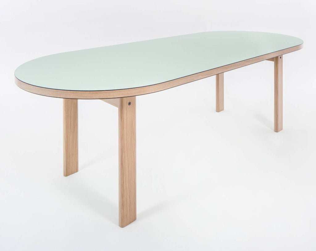 Pil Table
