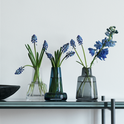Flora, Vase Long Neck Dark Blue