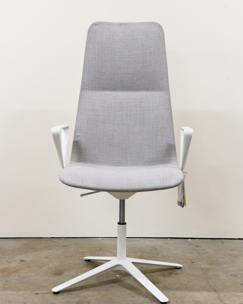 Slim Conference High Armchair, Demo