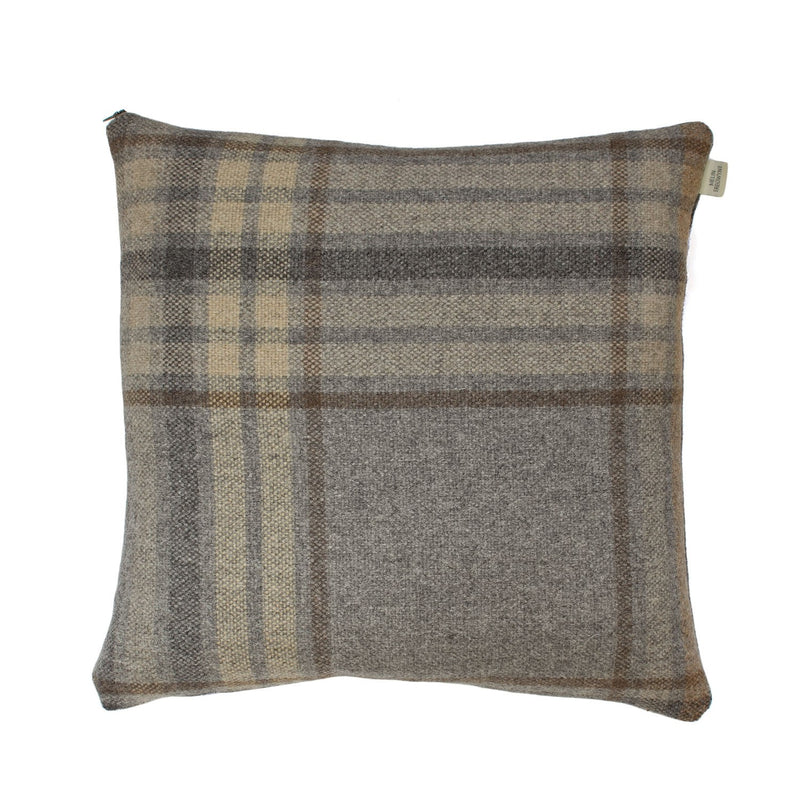 Ysbrd Quarry Plaid Cushion