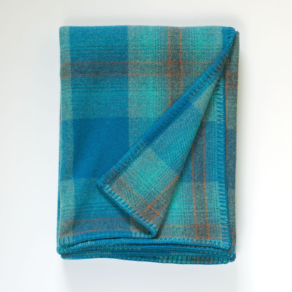 Welsh Plaid Blanket