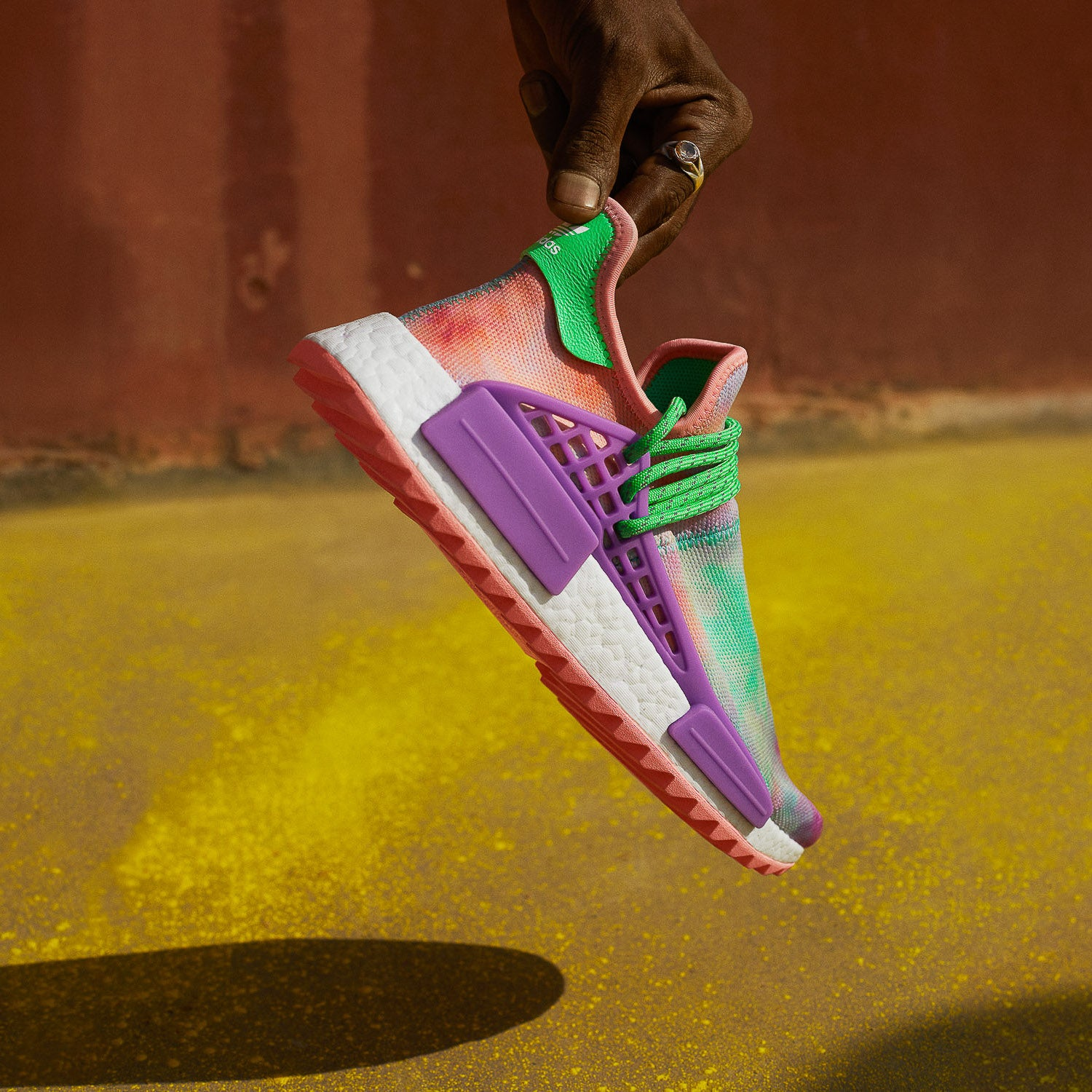 chaussures de sport 39a35 7044a adidas Originals x Pharrell Williams HU Holi Collection ...