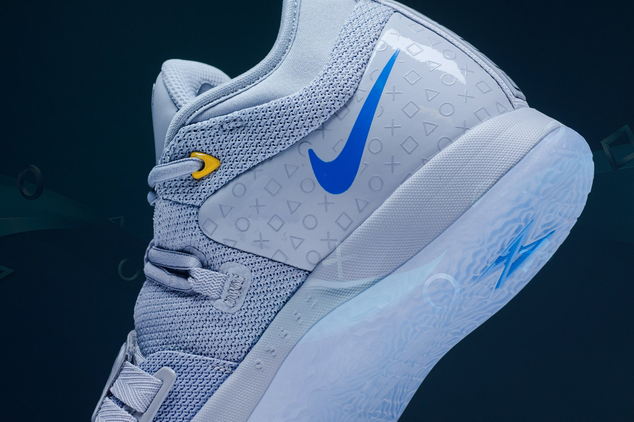 low priced 1e347 6bf67 Nike PG 2.5 x PLAYSTATION - Sneaker Politics