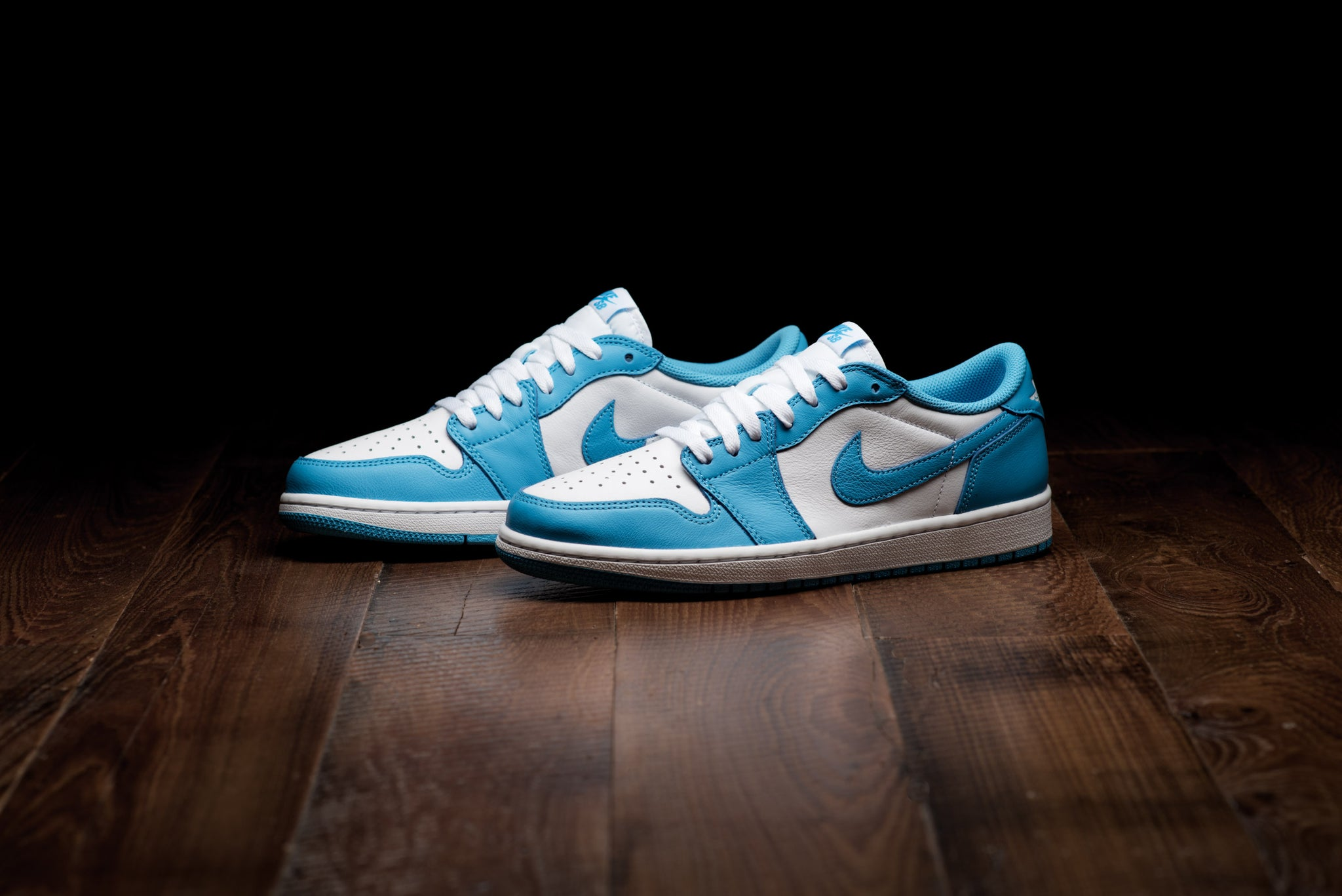 regard détaillé c2da3 6ac35 Air Jordan 1 Low QS - Dark Powder Blue - Sneaker Politics