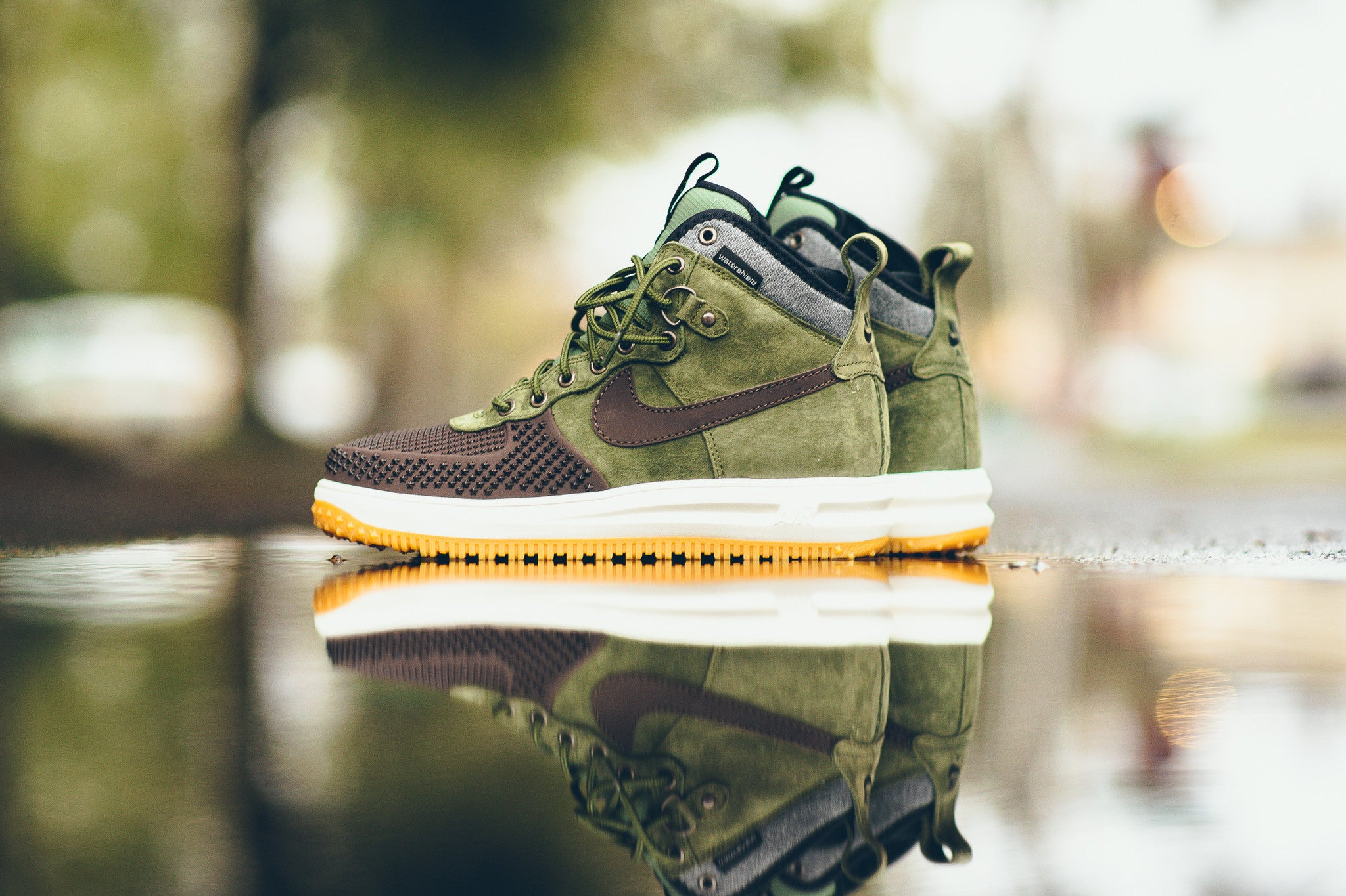 more photos 18469 dbcac nike lunar force 1 duckboot mens shoes baroque brown army olive black silver