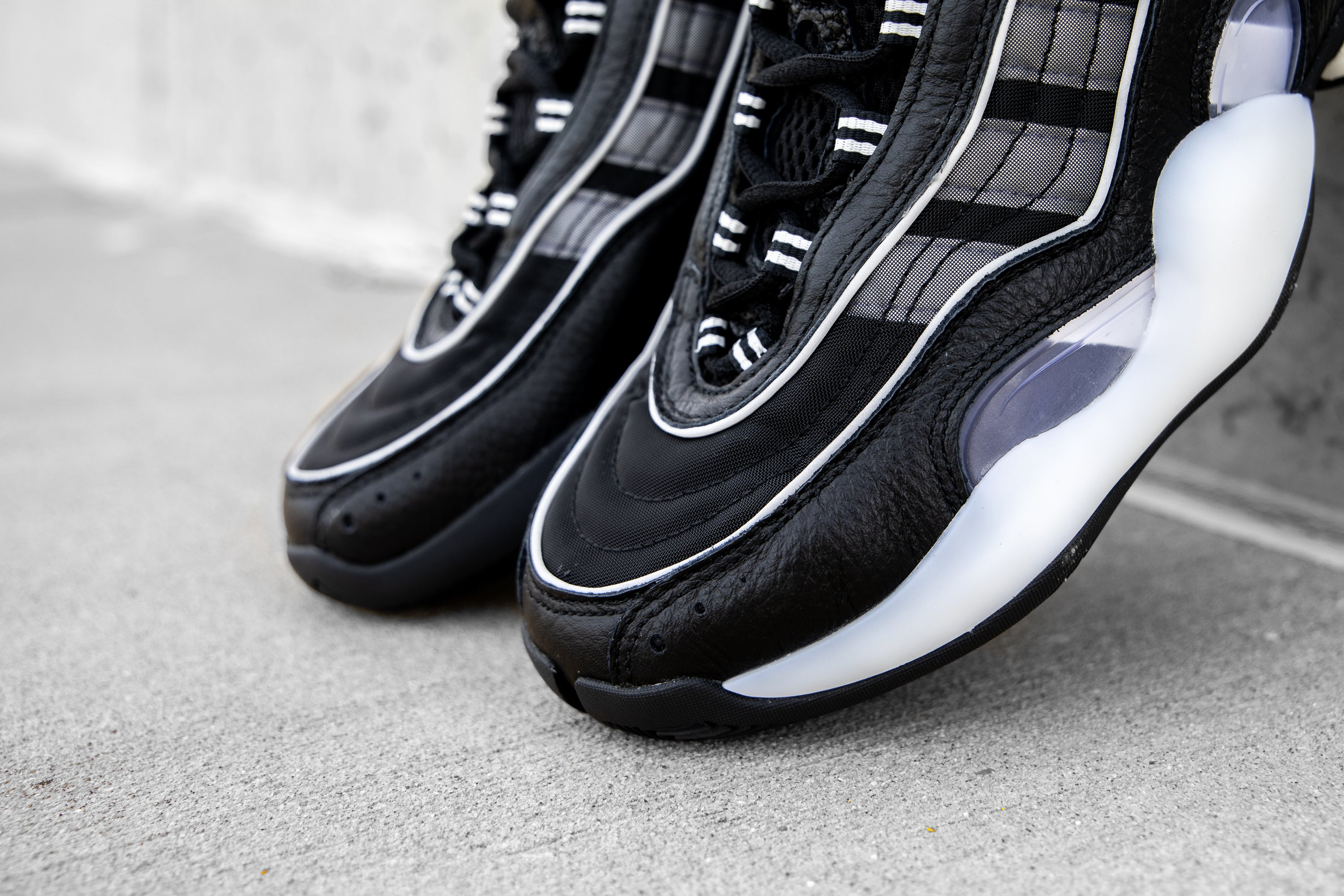e20587bde Adidas 98xCRAZY BYW - Core Black   Grey   Core White