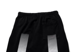 AOT Sweatshorts - Black/White