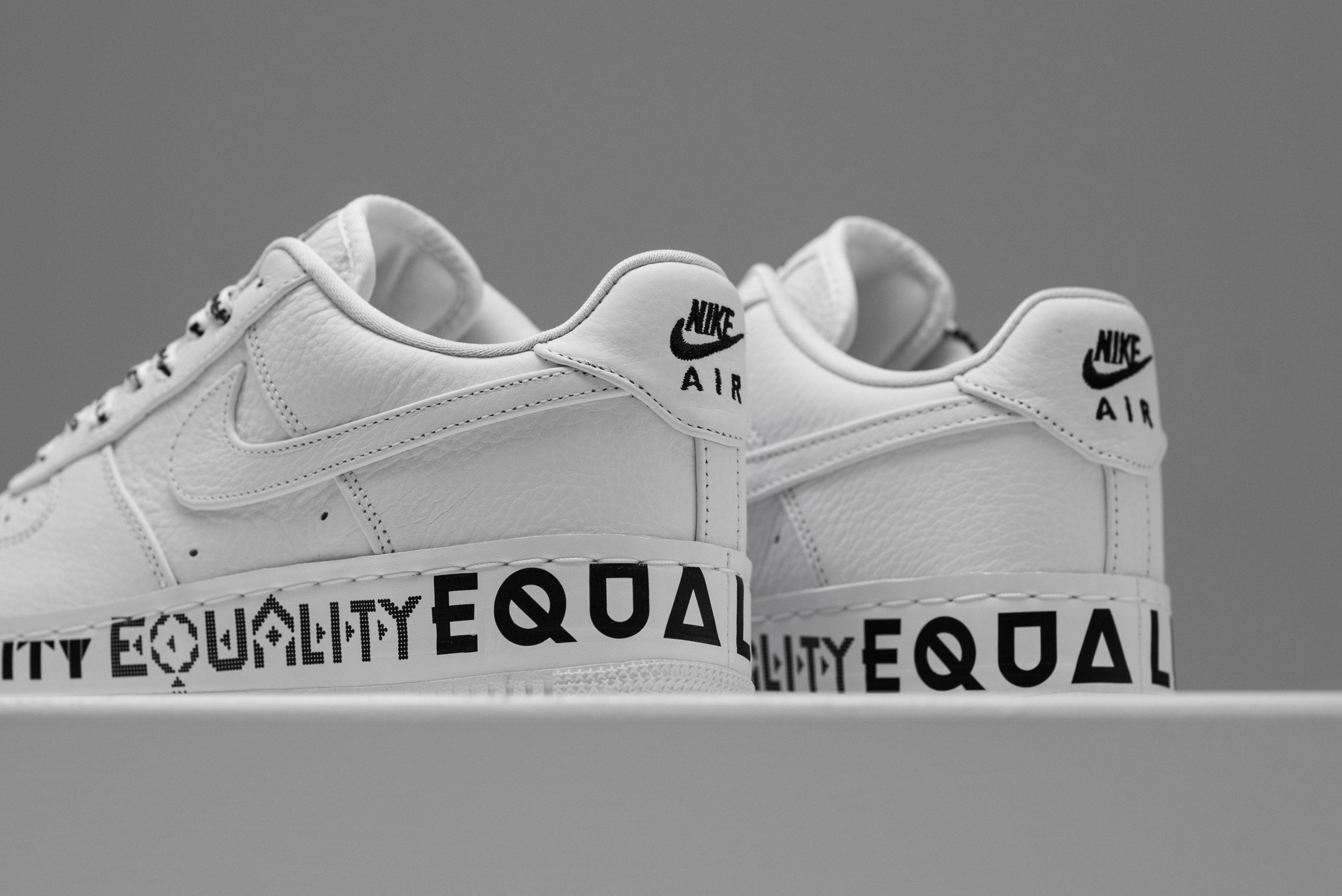 new product a3464 070a4 Nike Air Force 1 Low CMFT EQUALTY - White/Black