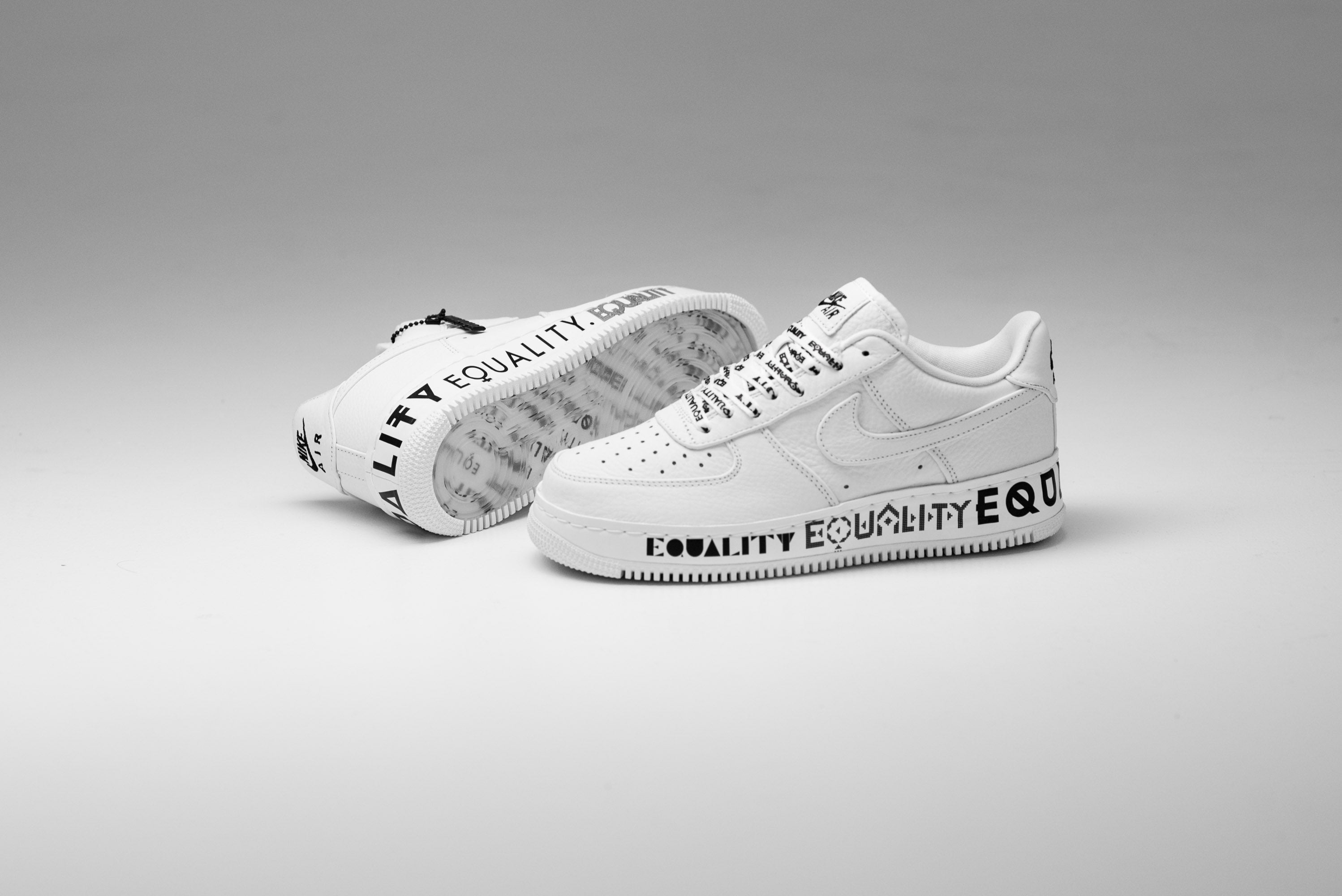 new product 2224c 718a2 Nike Air Force 1 Low CMFT EQUALTY - White/Black