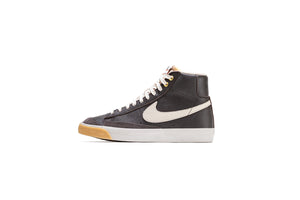 Nike Blazer Mid '77 VNTG - Velvet Brown/Light Orewood Brown