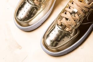 WMNS Nike Air Force 1 SP - Metallic Gold
