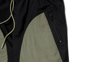 Politics Camping Shorts - Black/Olive