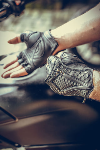 DragonScale gloves - anahata designs