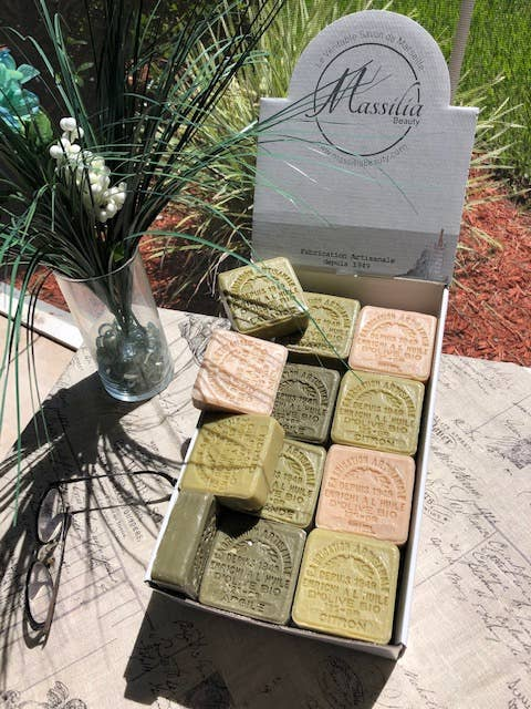 Square soaps of Marseille organic oil
