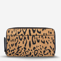 Status Anxiety Delilah Travel Wallet - Leopard