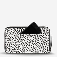 Status Anxiety Delilah Travel Wallet - Snow Cheetah