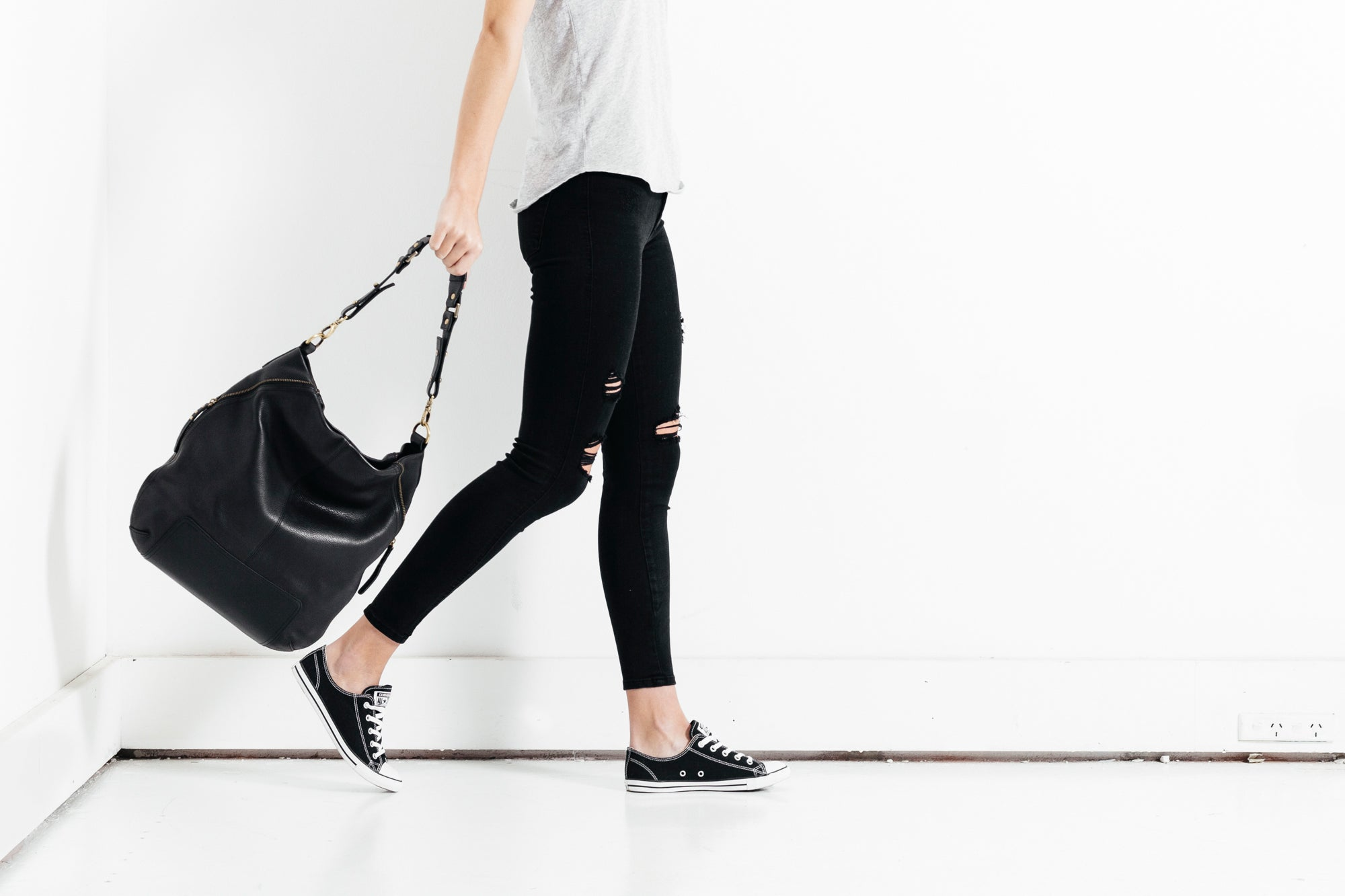 Status Anxiety The Lair Leather Bag - Black