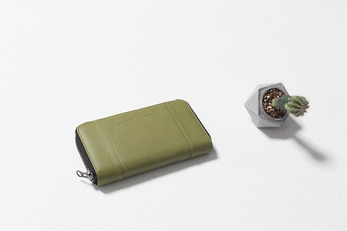 Status Anxiety State Of Flux Leather Wallet - Olive