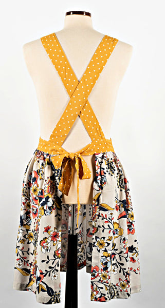 the Daisy apron