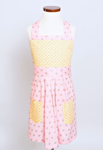the Winnie child's apron