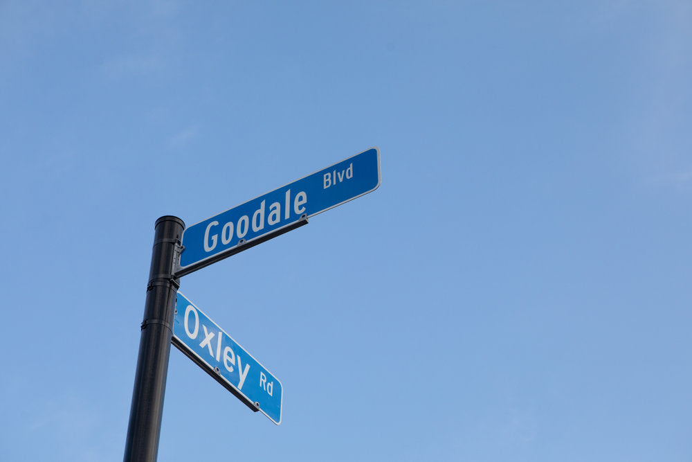 Goodale Dlvd x Oxley Rd sign