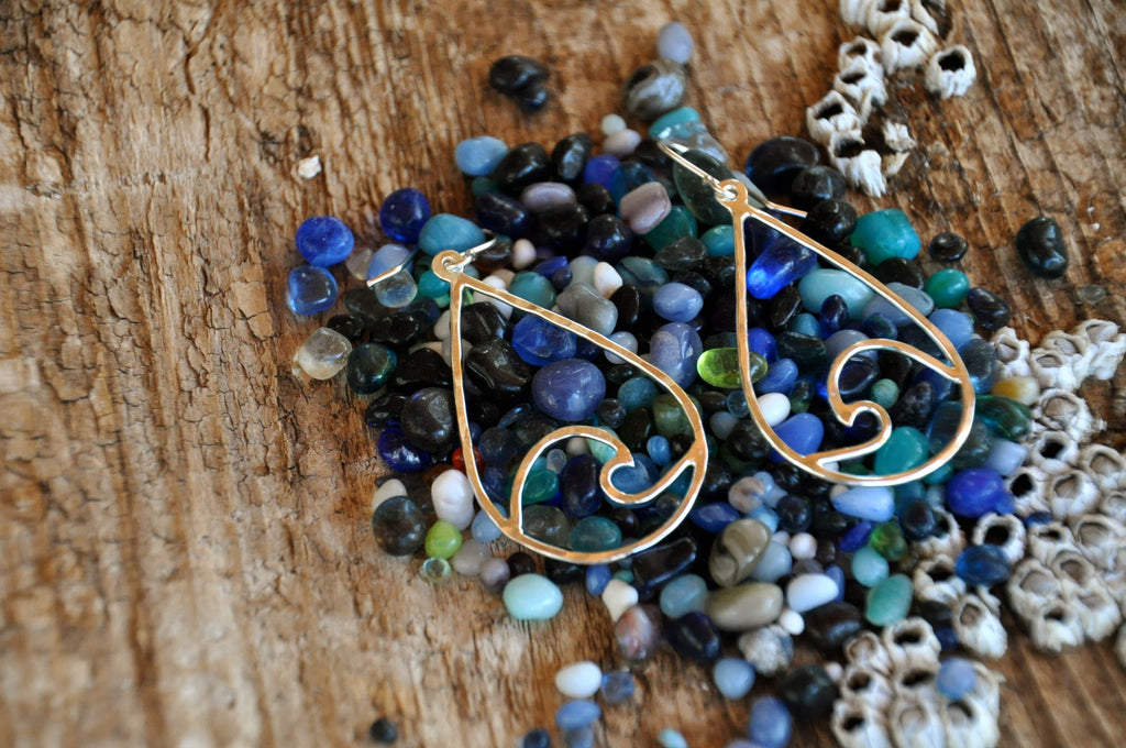 Tear Drop Wave Earrings
