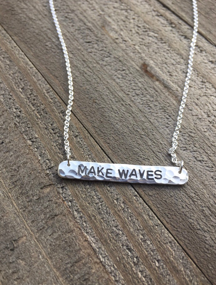 MAKE WAVES Necklace