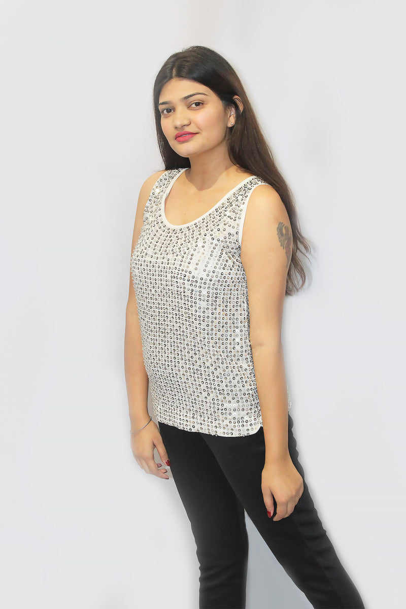 Sequenced white top