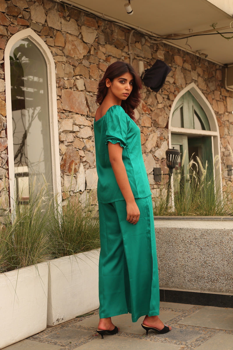 Front slit top with bell bottoms slit pants