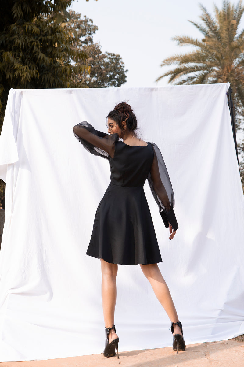 Black organza sleeves mini dress