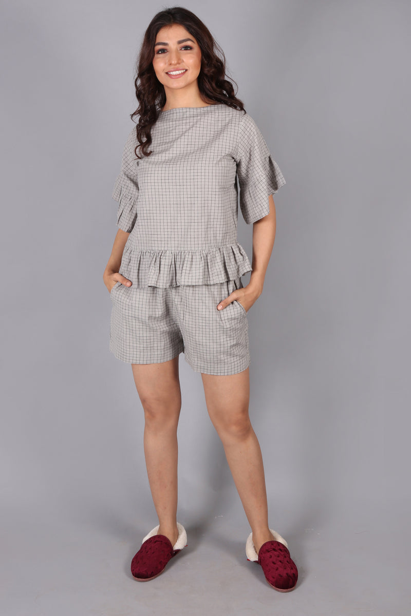 Ruffle sleeve & hem top with shorts