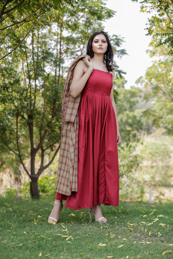 Solid Maxi with Handloom Check Cape