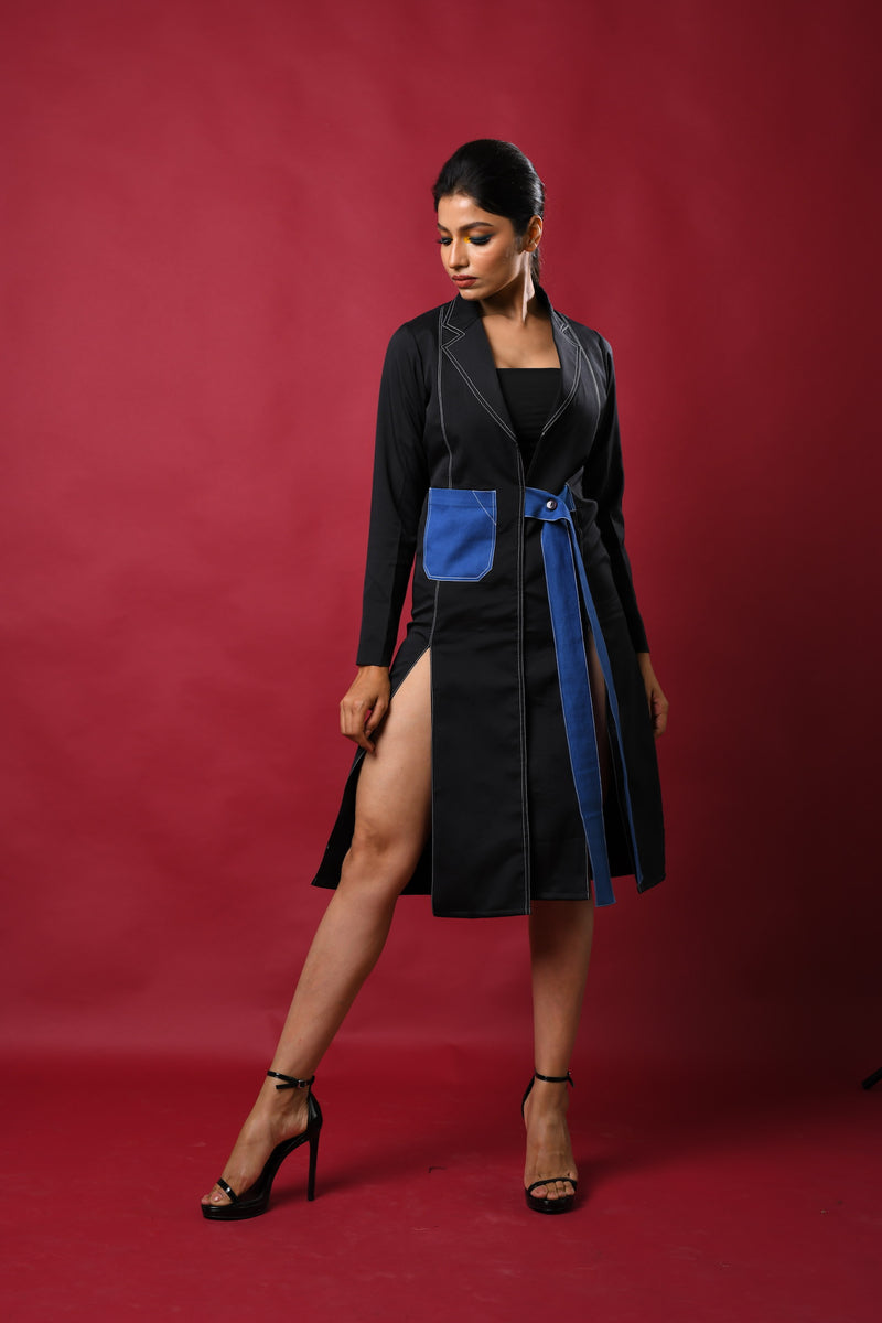 Contrast threading Jacket dress with front buttoned belt