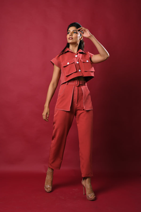 Contrast threading cropped top with pants