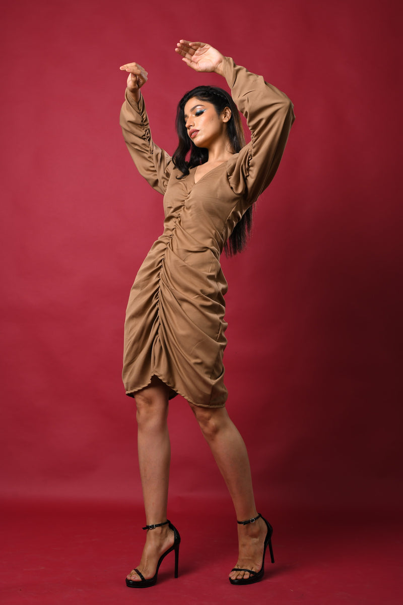 Mid- front & inside sleeve runch V neck short dress