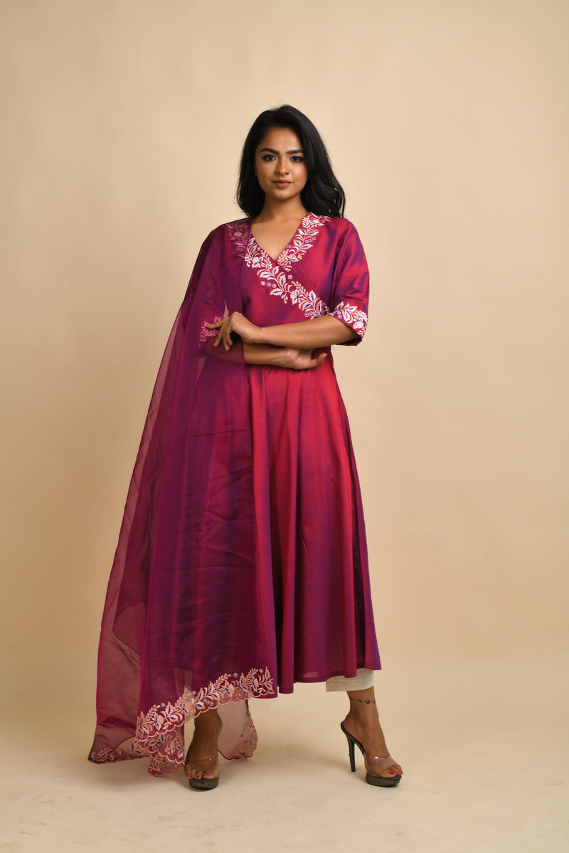 Embroidered V neck flarred kurta with pants & dupatta