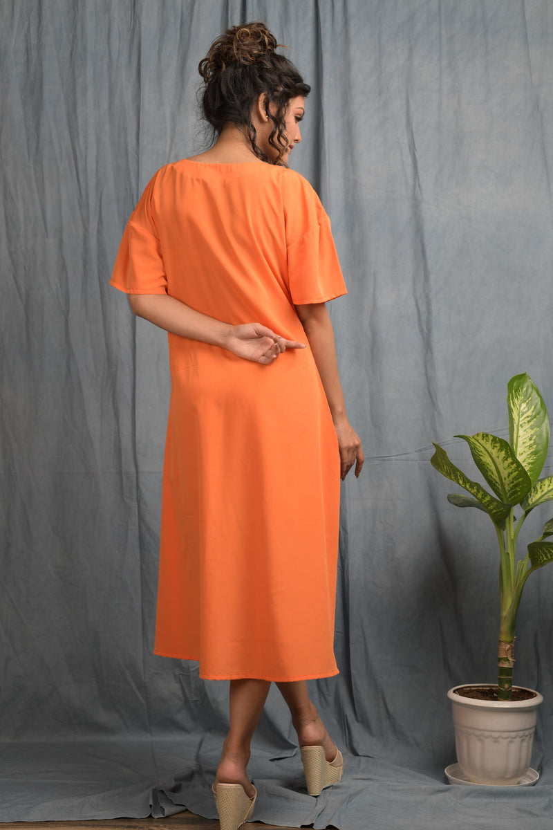 Round neck midi with one side string-knot