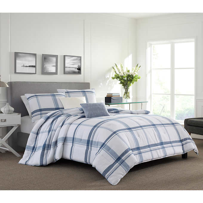 Nautica Eastmoor Blue Queen Comforter Set with Decorative Pillows B2C1