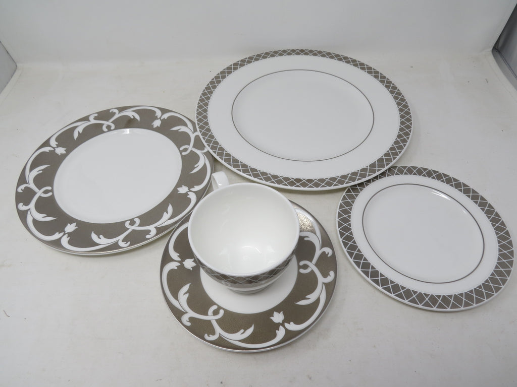 Lauren Ralph Lauren Dinnerware, Aubusson 5 Piece Place Setting AP10