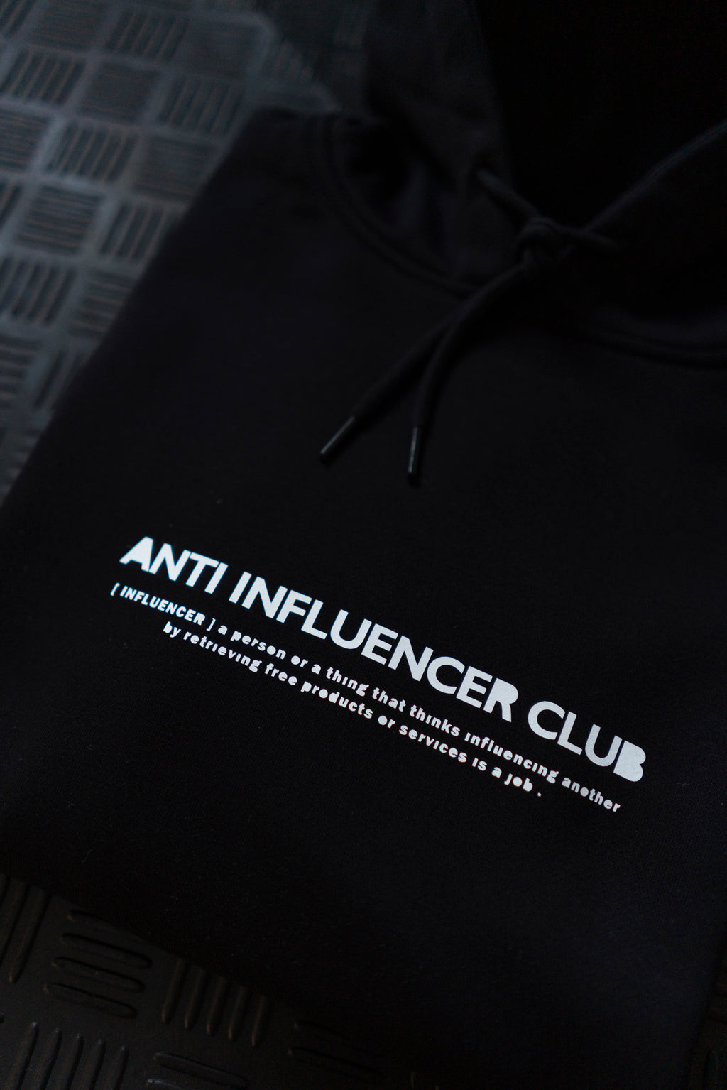 ANTI INFLUENCER CLUB BLACK HOODIE