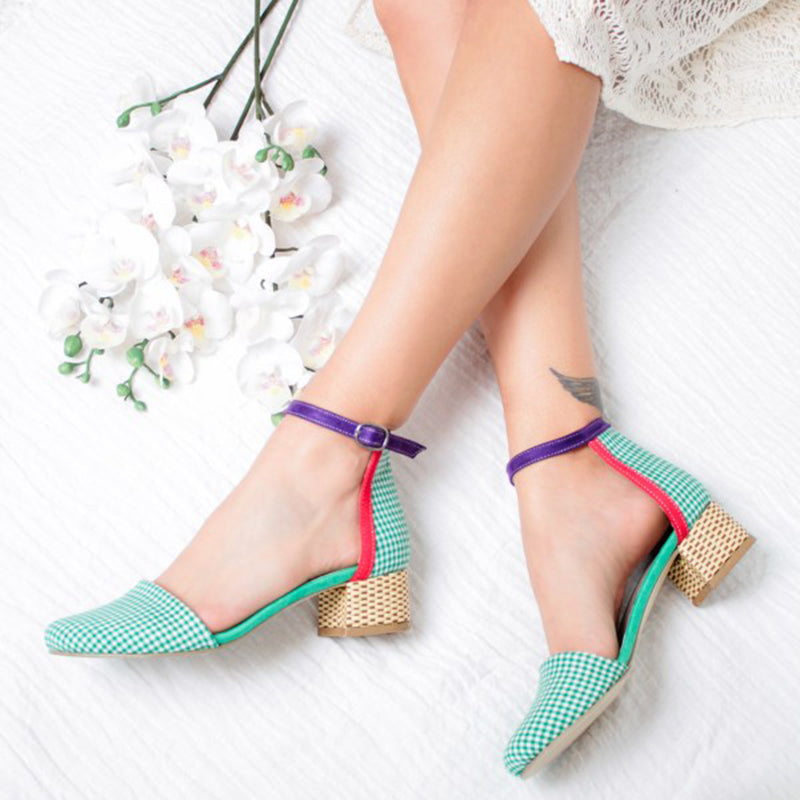 Women Closed Toe Chunky Heel  Sandals