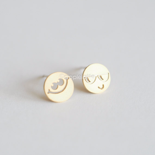 Emoji Earrings, Emoticon Earrings, Smiley Face Emoji Studs, Fun Jewelry, Hipster Post Earrings, Cute Earrings, Mis Match Earrings