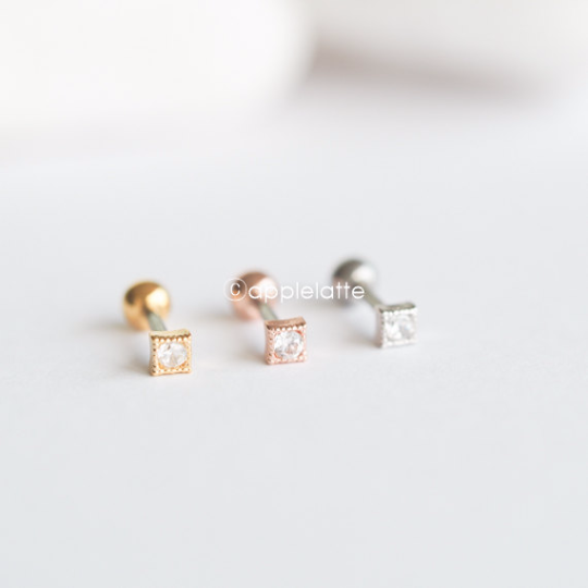 Tiny Square Tragus Piercing_P139